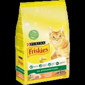 Friskies 1,5 кг для домашних кошек с курицей и полезными овощами
